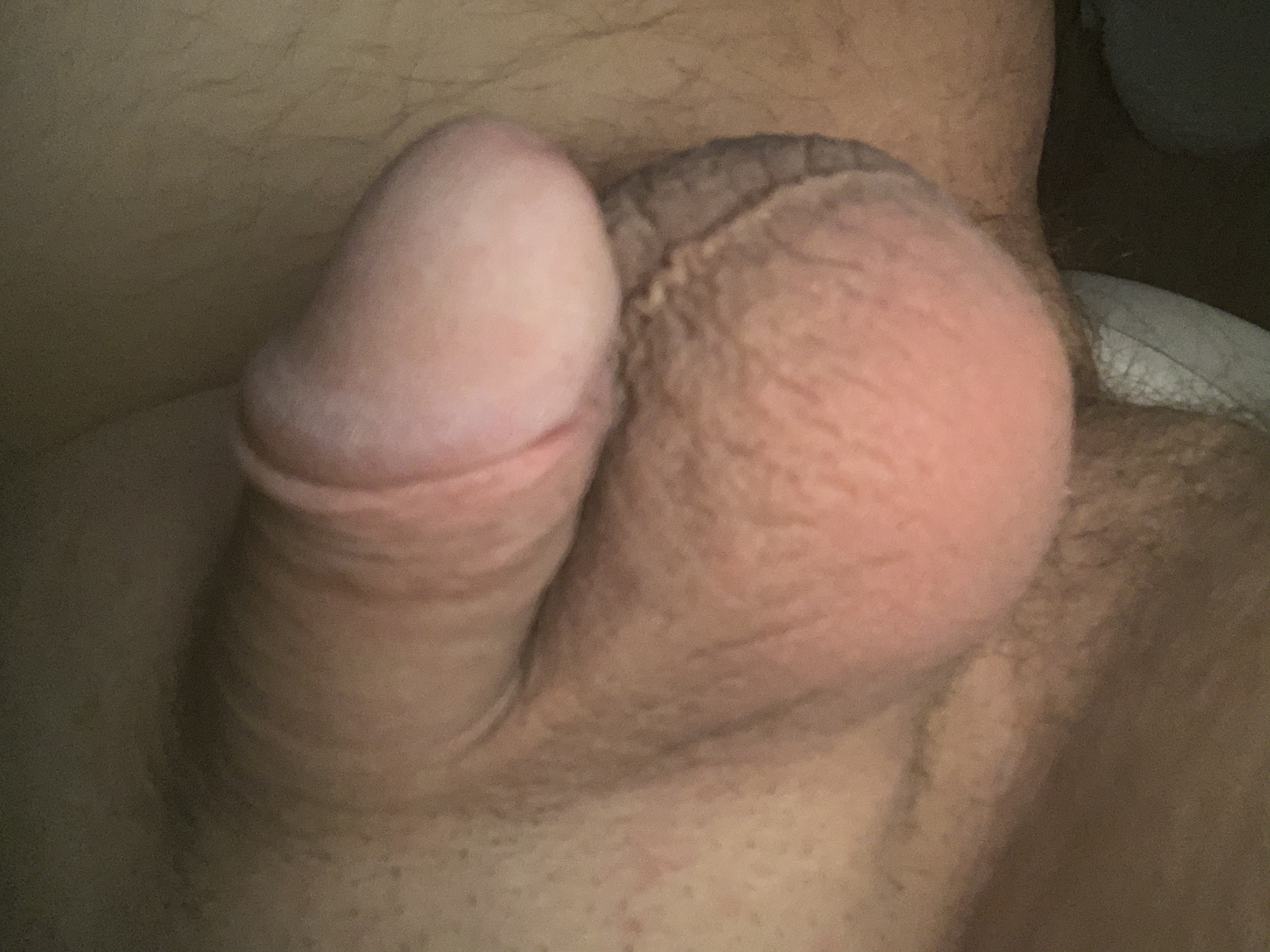 Smooth little cock (29/34)