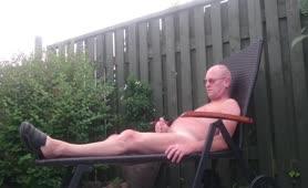 daddy masturbates outdoor