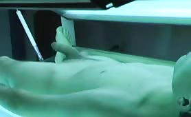 tanning booth wank.mp4-muxed