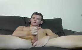 amantedelcazzo Sexy bug ear dude cum on webcam - Gay Teenage Lust_x264
